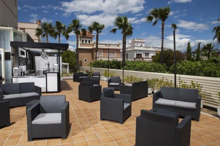 Bar Terrace Arenal Beach