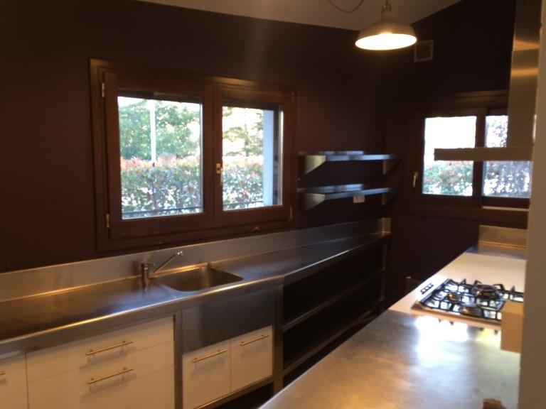 1111 Kitchen 1